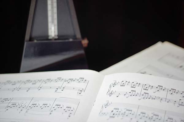 sheet music for voice and instuments